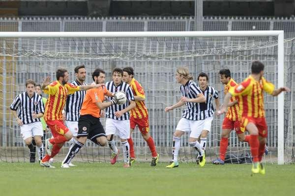 Ascoli Catanzaro Lega Pro Prima Div. Gir. B 2013 2014